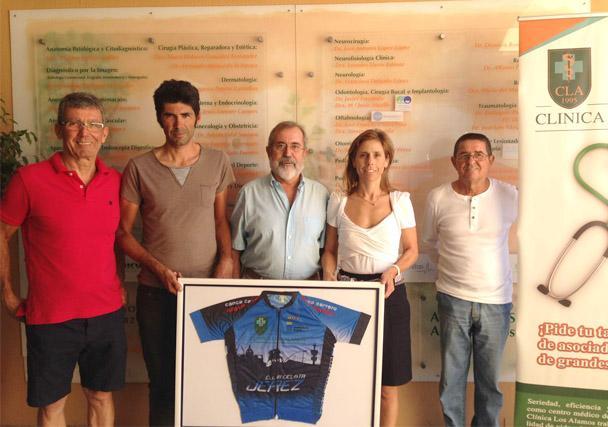 El maillot del Club Ciclista Jerez luce en nuestras instalaciones