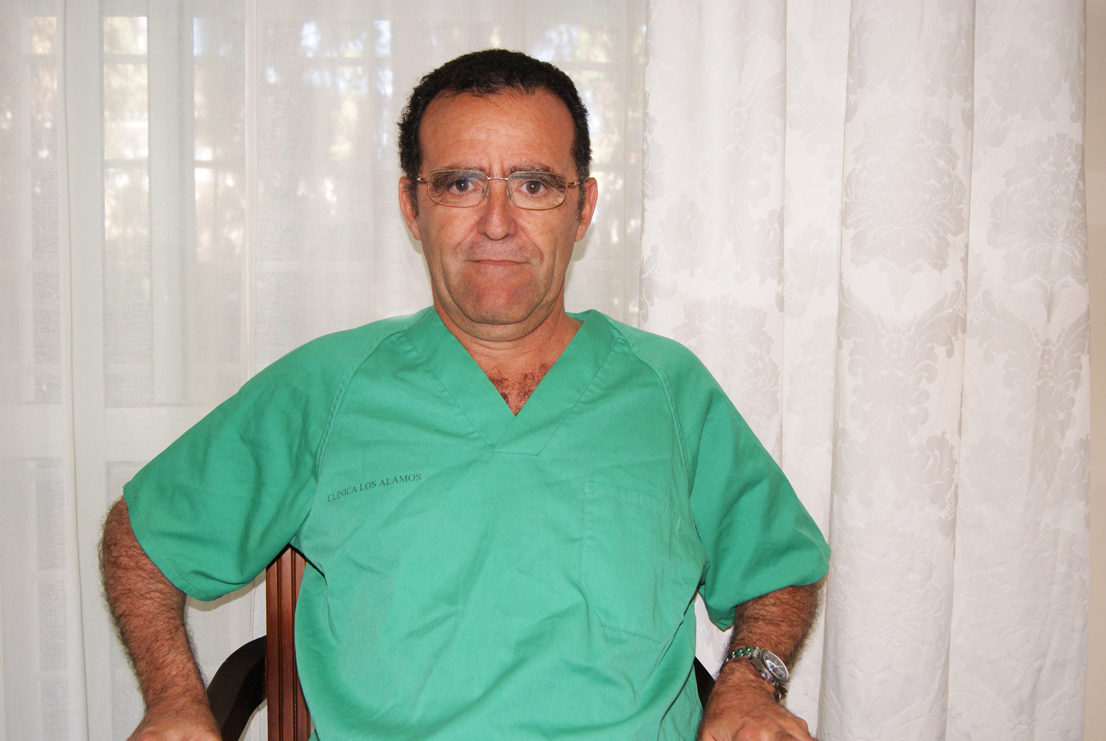 Dr. Javier Gil Quirós