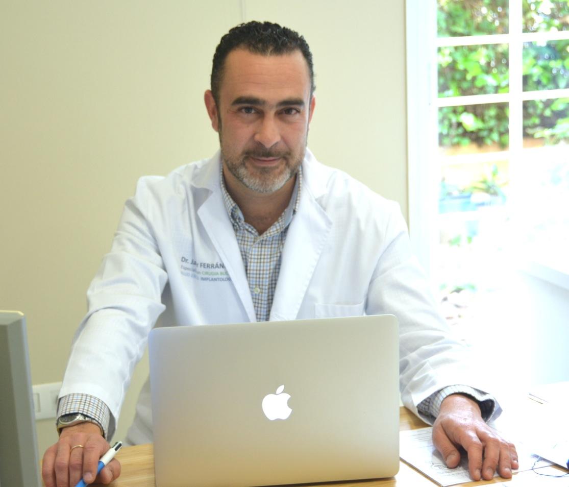 Dr. Javier Ferrándiz Bernal
