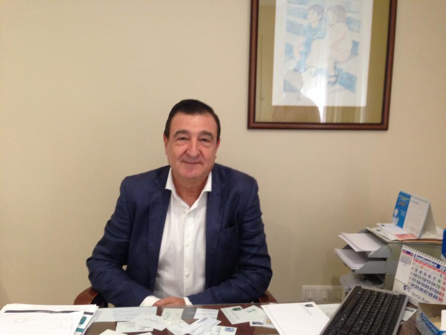 Dr. Javier Boné Calvo