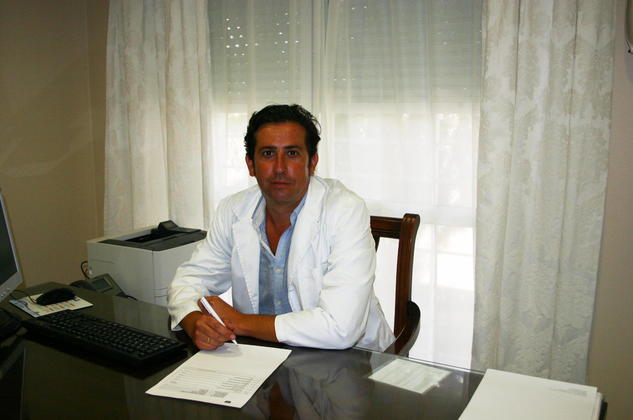 Dr. Alfonso Parra Reguera